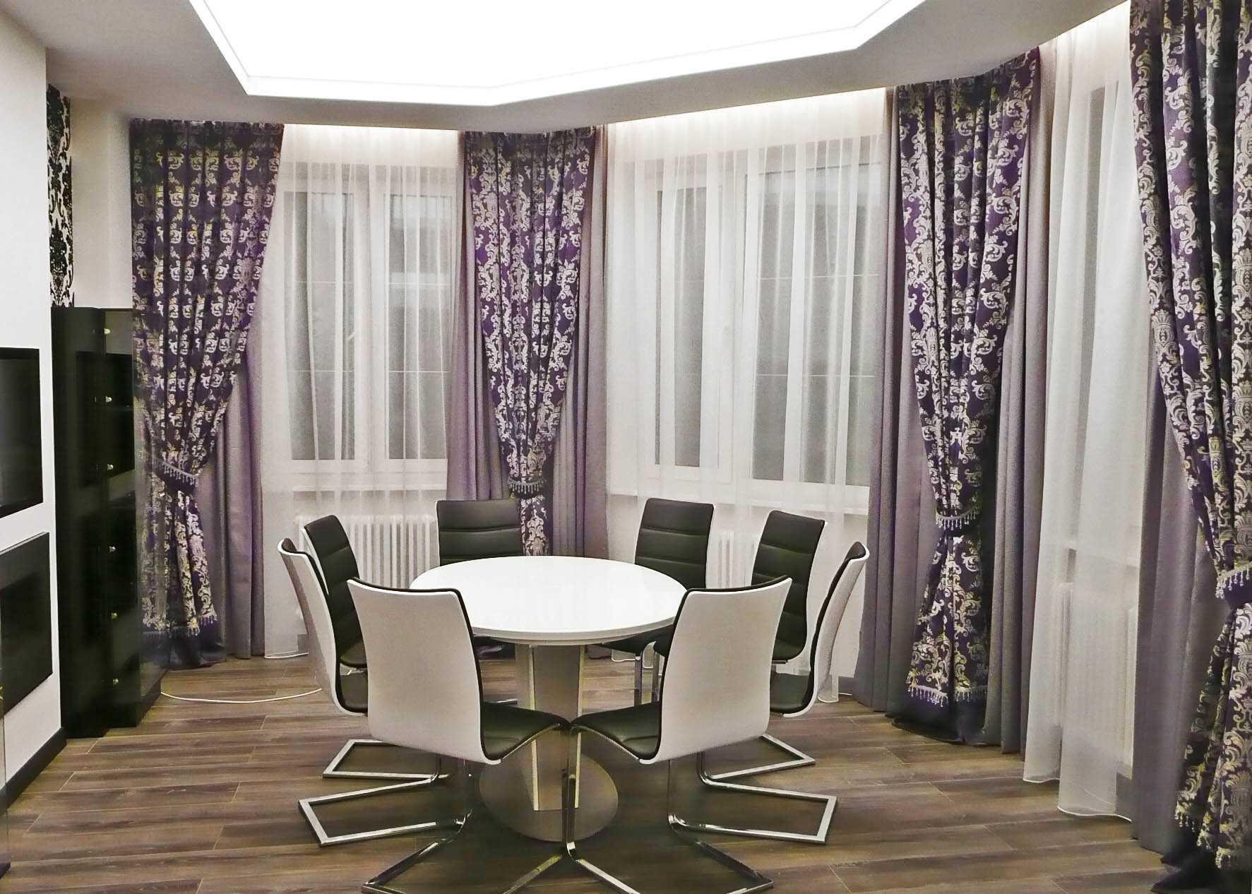 вариант яркого декора гостиной комнаты