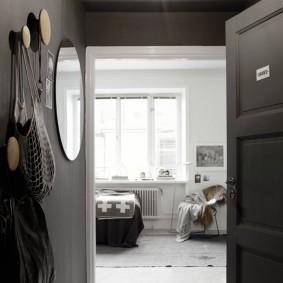 чёрно белая прихожая фото оформление
