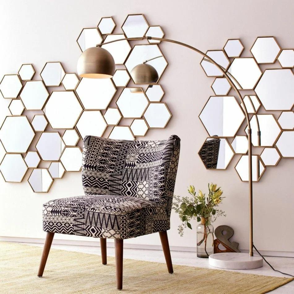 декор стены зеркалами фото