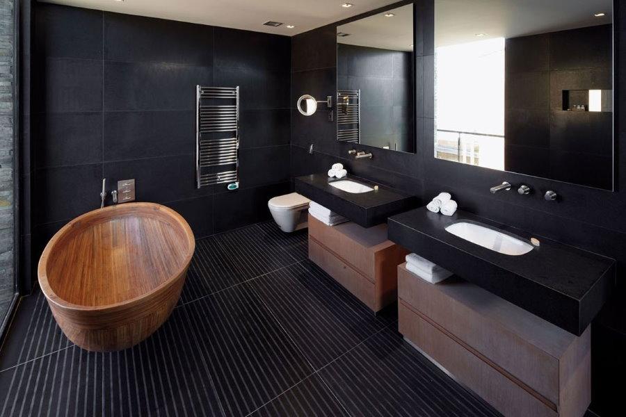 Деревянная ванна в стиле минимализма