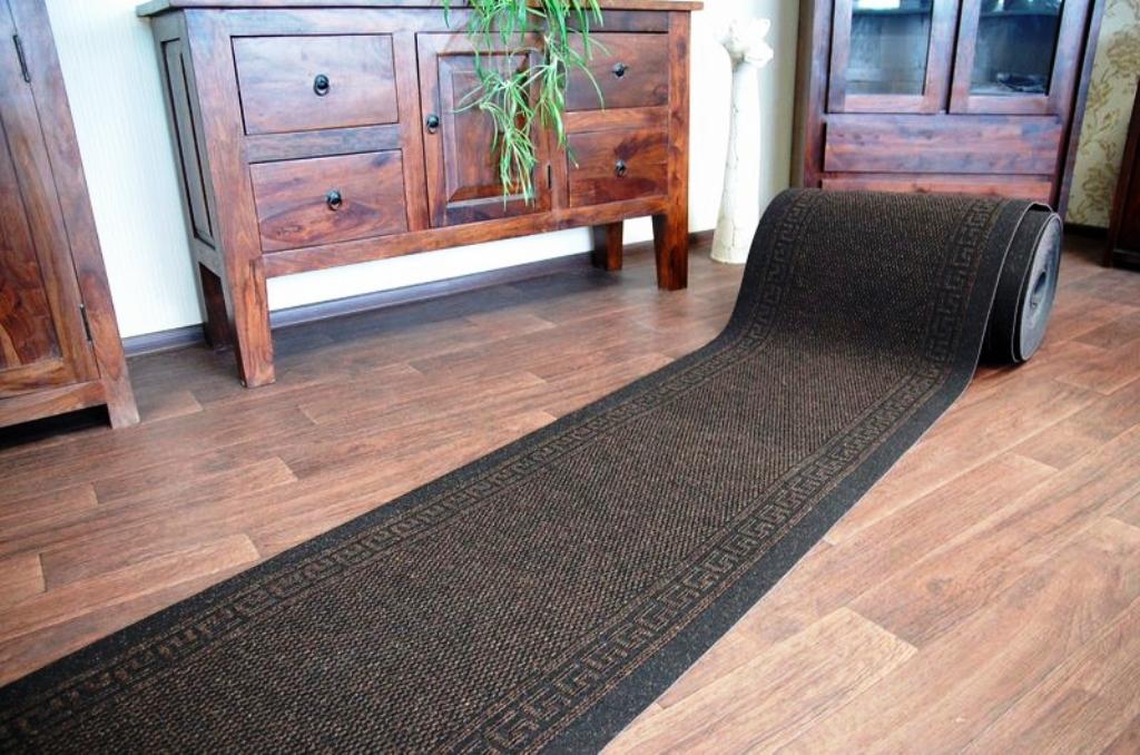 ковровая дорожка на резиновой основе