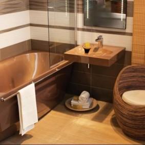 Коричневая сантехника в интерьере ванной