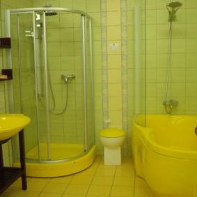 Душевая кабина с желтым поддоном
