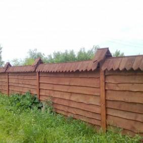 Деревянный забор в старо русском стиле