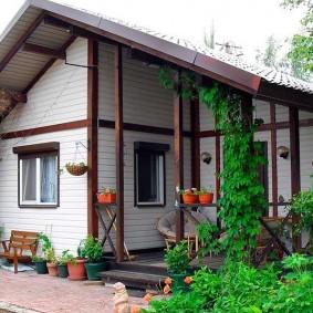 Дачный домик каркасного типа