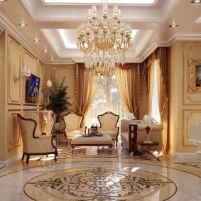 Хрустальный светильник на потолке гостиной