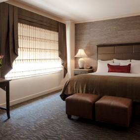 Интерьер спальни в коричневых оттенках
