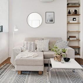Гостевая зона в гостиной частного дома