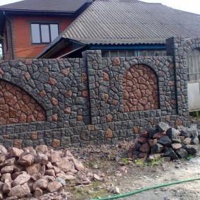 Строительство капитального забора из камня