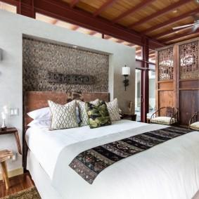 Декор спальной комнаты в этническом стиле