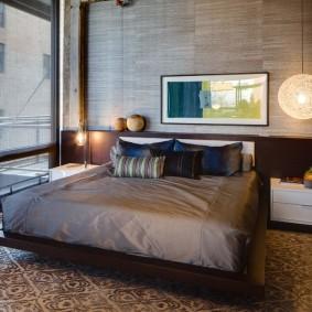 Коричневая мебель в комнате современного дизайна