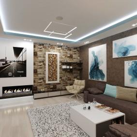 Абстрактные картины на коричневой стене комнаты