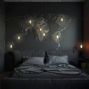 Карта мира с подсветкой на стене спальни