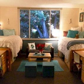 Освещение комнаты для студентов колледжа