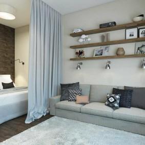 Спальная зона за плотной шторой