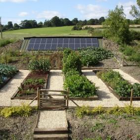Солнечная батарея на умном огороде