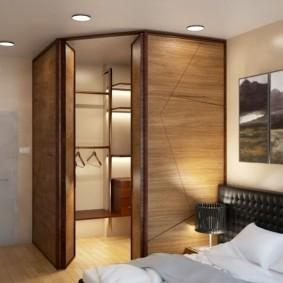 Круглые светильники на потолке спальни