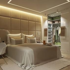 Декоративная подсветка потолка в спальне