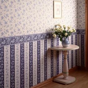Комбинированная оклейка стен разными обоями