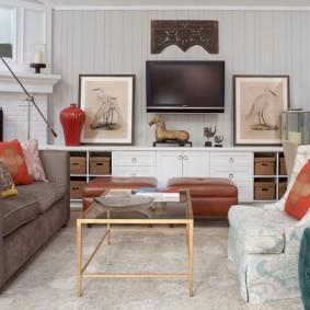 Телевизионная зона в небольшой гостиной