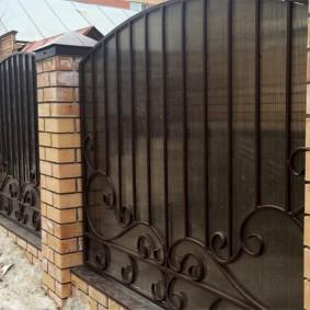 Сварной забор холодной ковки