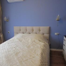 Окраска стен спальни водоэмульсионной краской