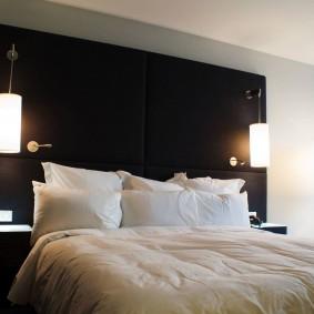 Черная стена с интерьере спальни