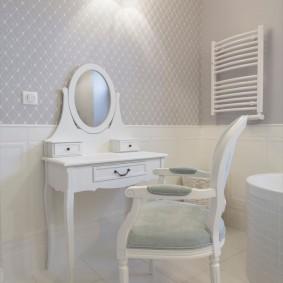 Туалетный столик белого цвета