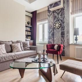 Фото штор в интерьере светлой гостиной