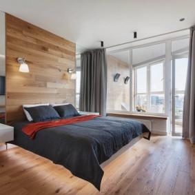 Отделка деревом стены над кроватью