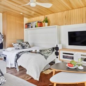Деревянный потолок в спальне современного стиля