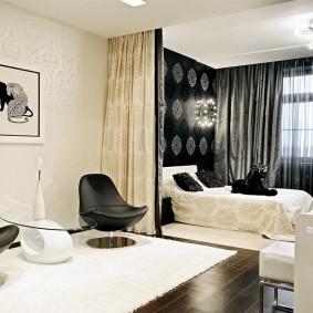 Зонирование шторами спальни-гостиной площадью 15 кв метров