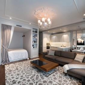 Ниша с кроватью в интерьере квартиры