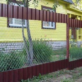 Комбинированный забор своими руками для палисадника
