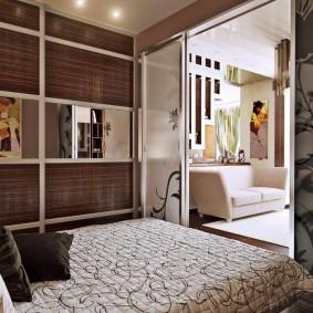 Спальное место за раздвижной перегородкой