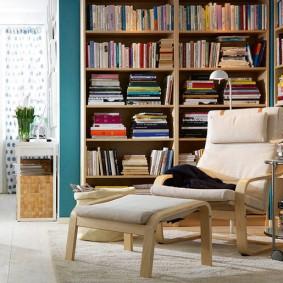 Книжные полки в доме родителей