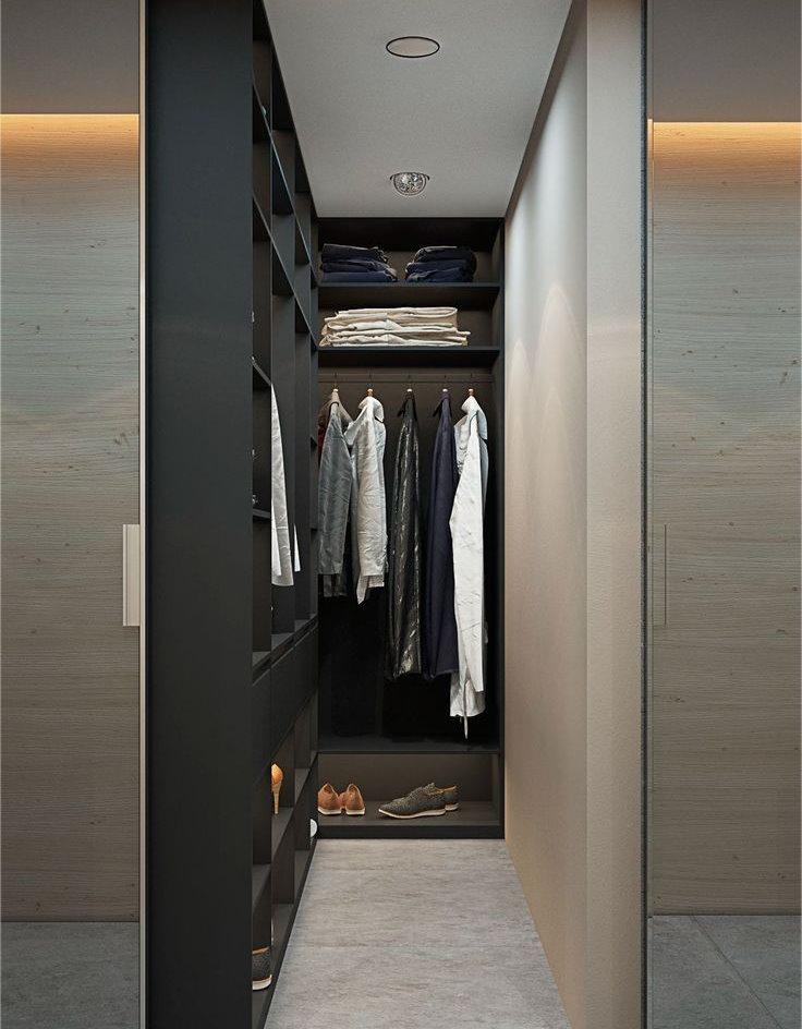 Угловая гардеробная без дверей в спальне мужчины