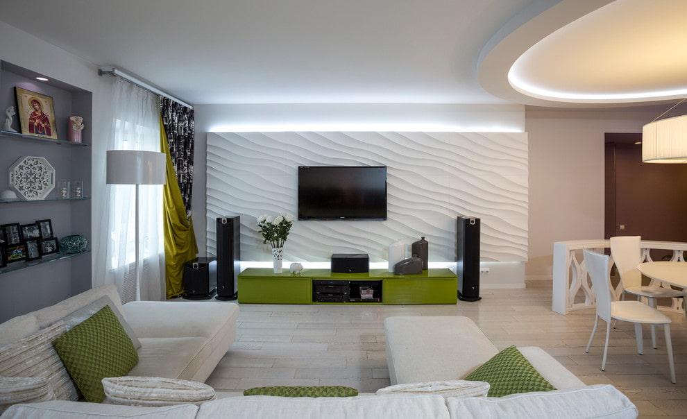 Декор гипсовыми панелями телевизионной зоны в гостиной