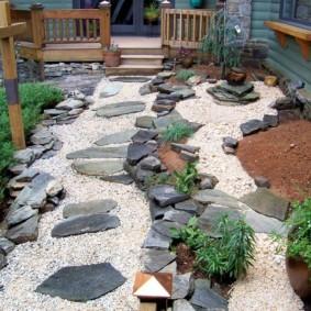 как украсить двор декор фото