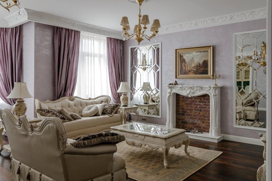 Фальш-камин в гостиной классического стиля размерами 5 на 5 м
