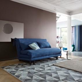 комната с диваном декор идеи