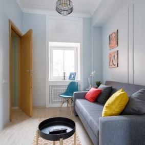 комната с диваном дизайн