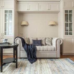 комната с диваном дизайн фото