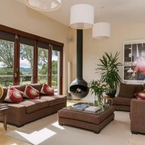 коричневый диван в гостиной оформление идеи