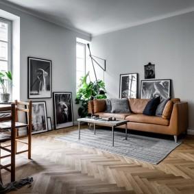 коричневый диван в гостиной идеи оформление