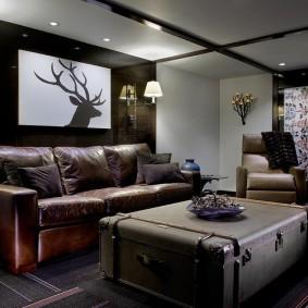 коричневый диван в гостиной варианты