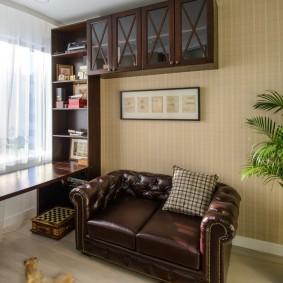 коричневый диван в гостиной варианты идеи