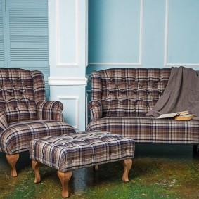 коричневый диван в гостиной фото идеи