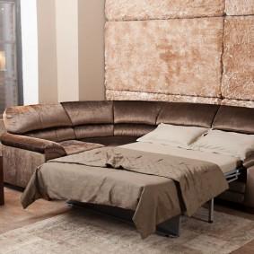 коричневый диван в гостиной фото дизайн