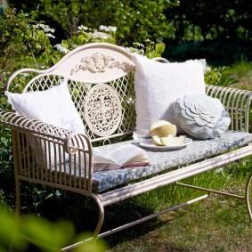 кованые скамейки для сада идеи дизайна